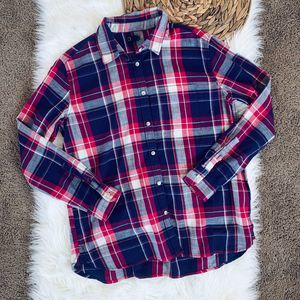 Roots plaid shirt women's size M Flannel Cotton